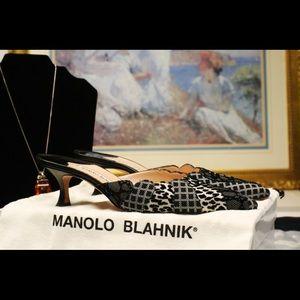 Manolo Blahnik Naldamu, Size 5.5 B